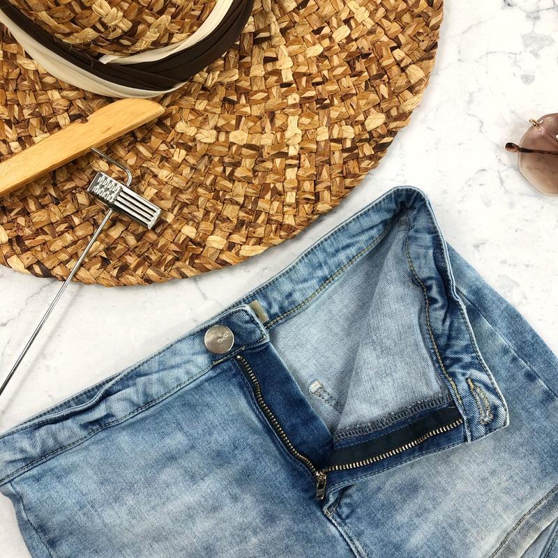 Стрейчевые джинсовые шорты высокой посадки topshop - Фото 4