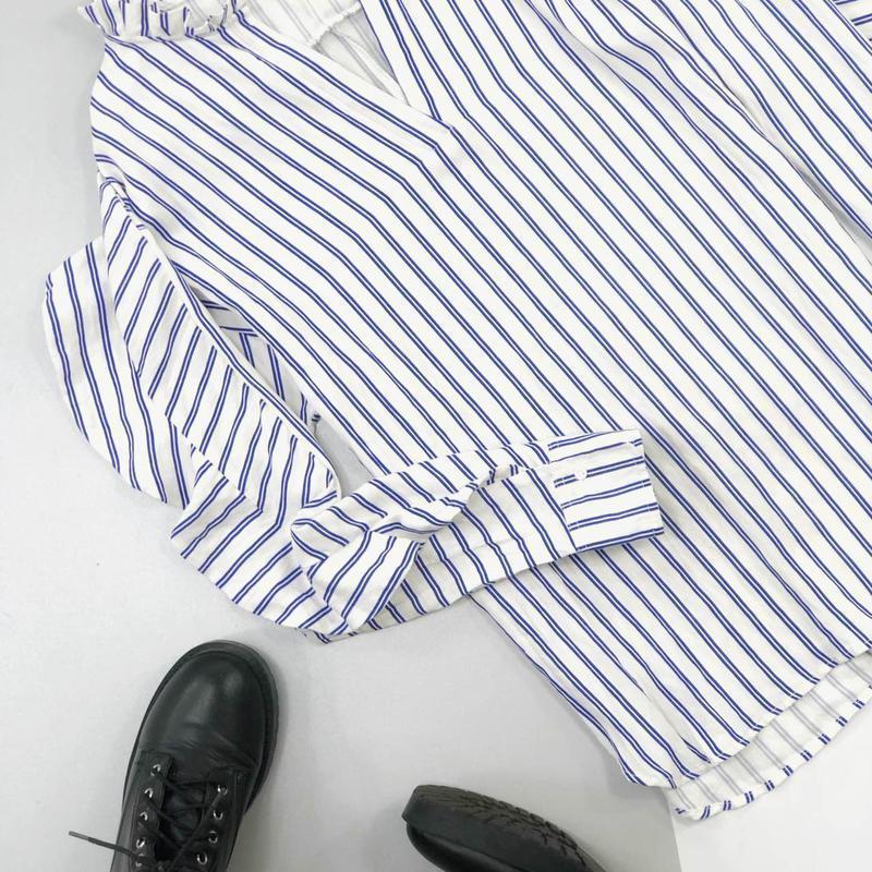 Хлопковая рубашка в полоску оверсайз с рюшами на рукавах jcl - Фото 3