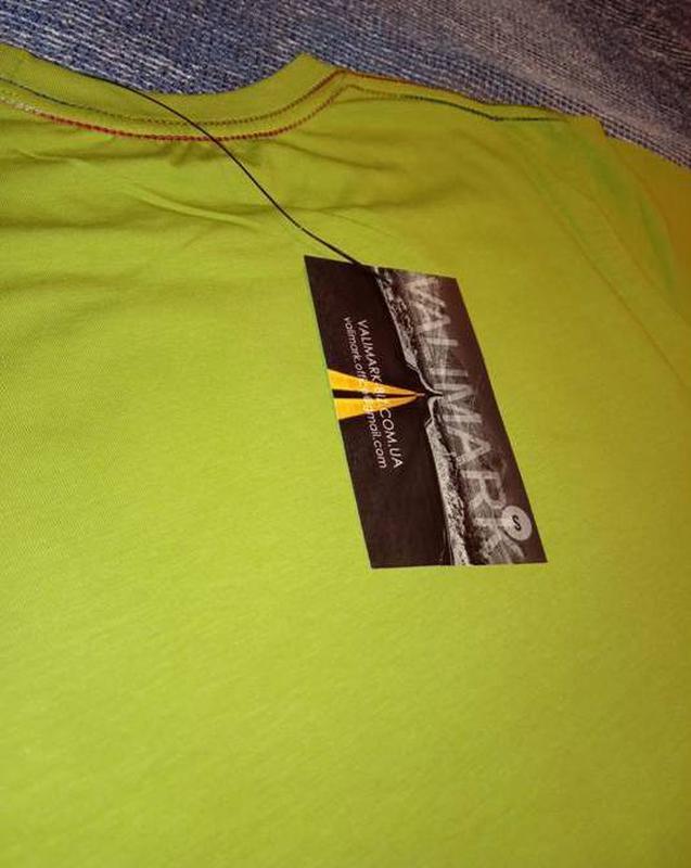 Мужская однотонная футболка - Фото 5