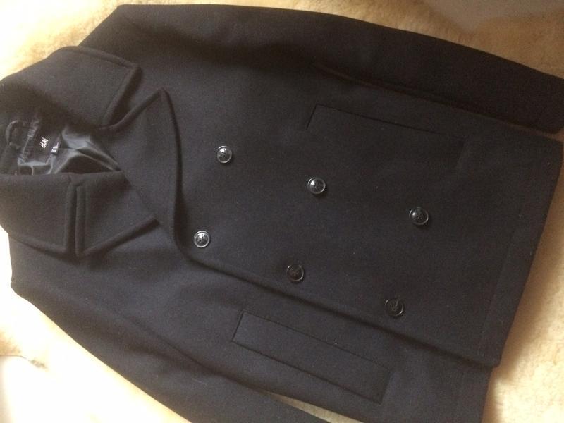 Двубортне коротке  чоловіче пальто 60% вовна h&m,p. m - Фото 2