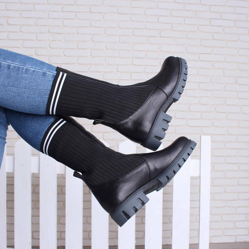 Кожаные женские демисезонные черные сапоги ботинки с трикотаже... - Фото 3