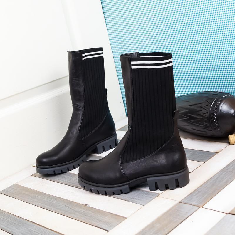 Кожаные женские демисезонные черные сапоги ботинки с трикотаже... - Фото 4