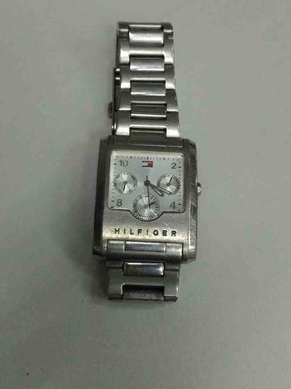 Часы Tommy Hilfiger F90218