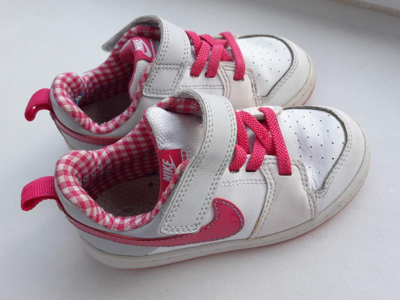 Кожаные кроссовочки nike для девочки 25.5 размер