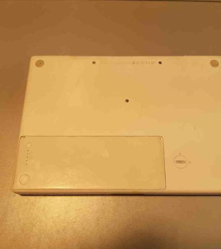 Ноутбук Apple MacBook A1181 Intel Core 2 Duo - Фото 3
