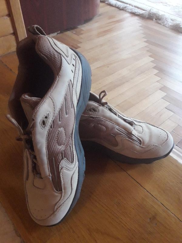 Кожаные кроссовки 39 размер - Фото 3