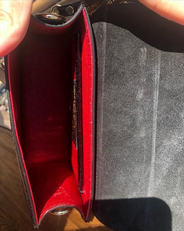 Кожаная сумочка в стиле jacquemus чёрная - Фото 3