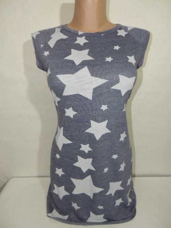 Серое спортивное платье свитшот с белыми звездами прямое корот... - Фото 4