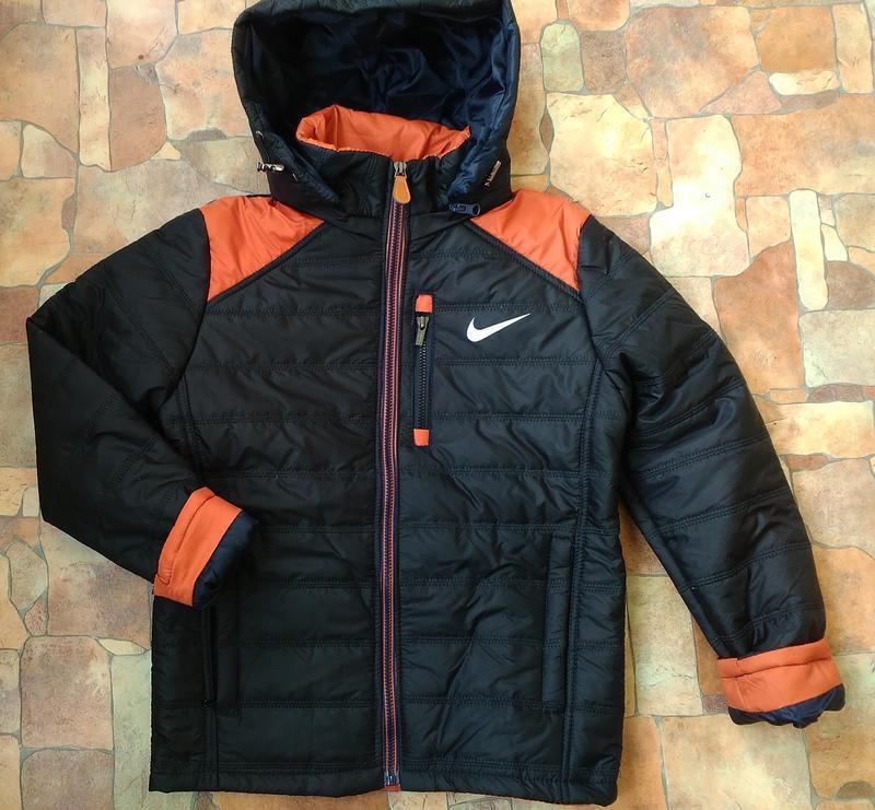 Стильная демисезонная куртка на мальчика весна-осень 7-8 лет