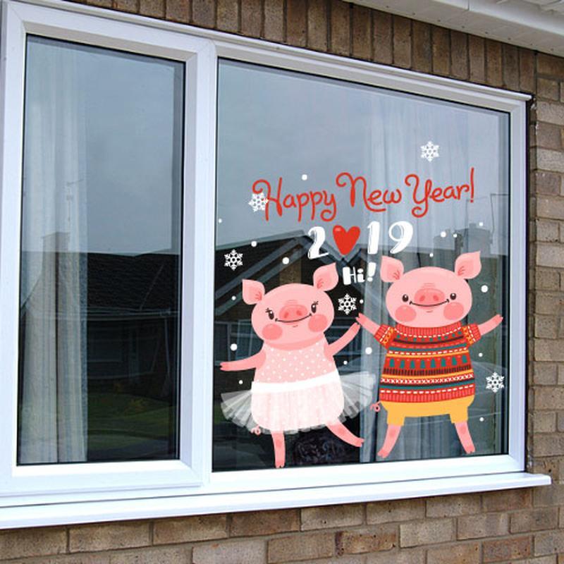 год свиньи рисунок на окне это именно картинка