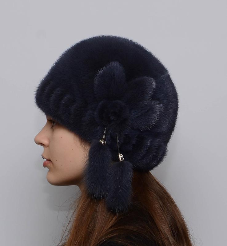 Женская зимняя норковая шапка шарик-роза темно синий
