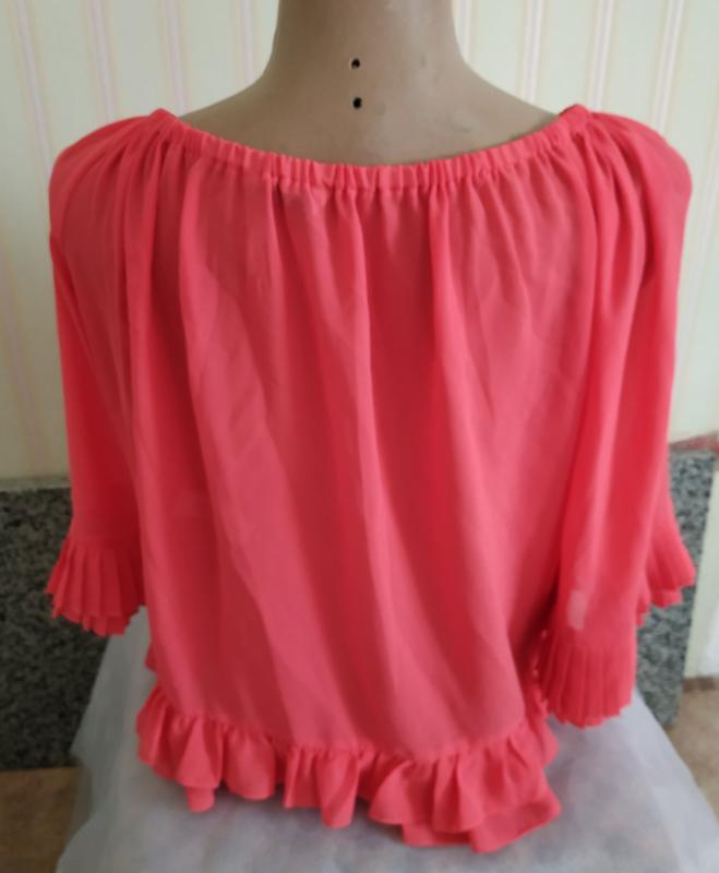 Короткая розовая шифоновая блуза с плиссе м - Фото 2