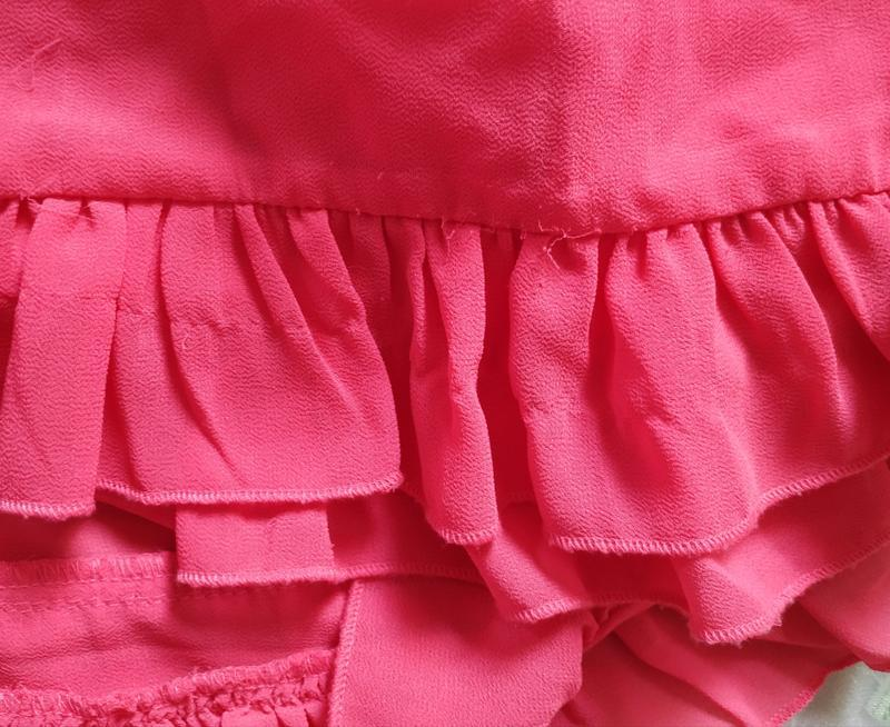 Короткая розовая шифоновая блуза с плиссе м - Фото 5