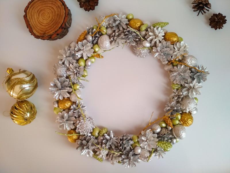 Декоративный рождественский, новогодний венок - Фото 4