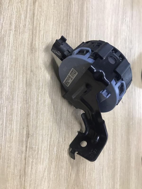 Динамик сигнал гудок спикер передний  Chevrolet Bolt EV 42343566