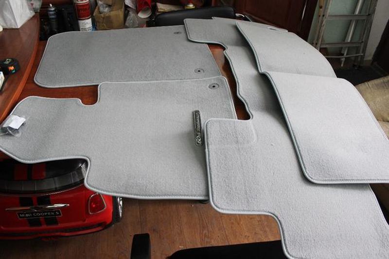 Новые! Оригинальный комплект ковриков TOYOTA LAND CRUISER-100-... - Фото 2