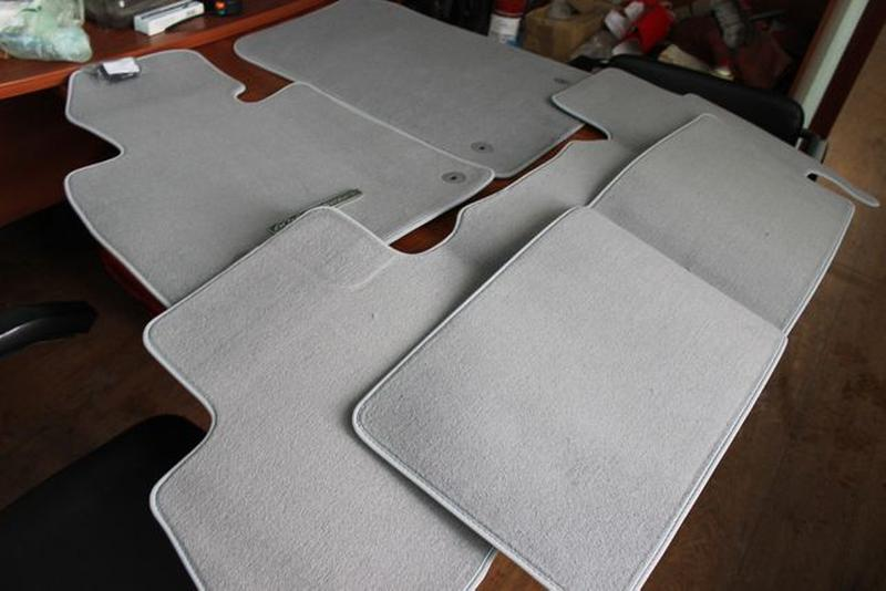 Новые! Оригинальный комплект ковриков TOYOTA LAND CRUISER-100-... - Фото 5