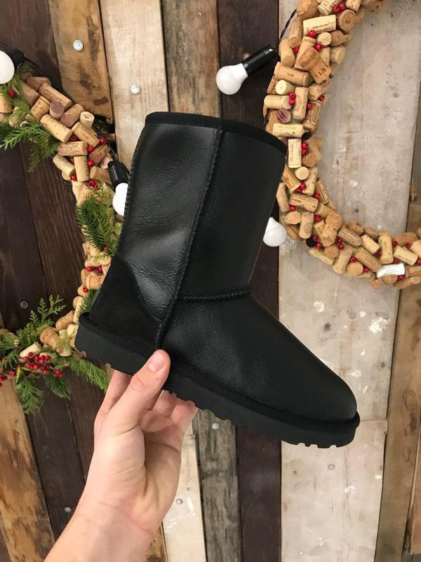 Крутые уги ❄️ ugg classic boot leather❄️ на овчине