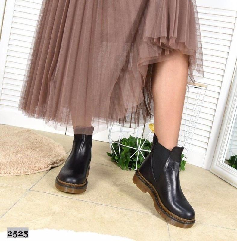 Натуральные кожаные женские демисезонные ботинки челси - Фото 3