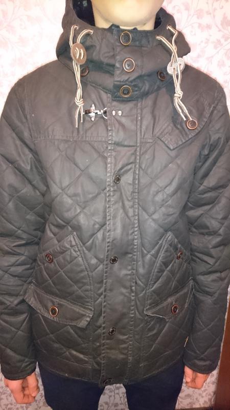 Стильная брендовая подростковая куртка