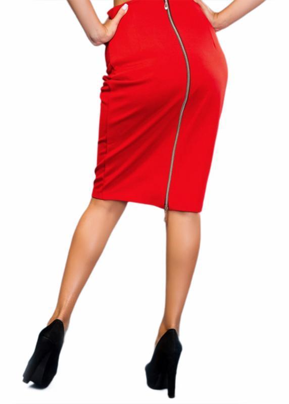 Красная юбка-карандаш с длинной золотистой молнией сзади