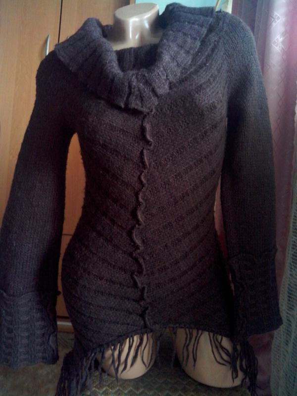 Теплющий шерстяной свитер - Фото 2