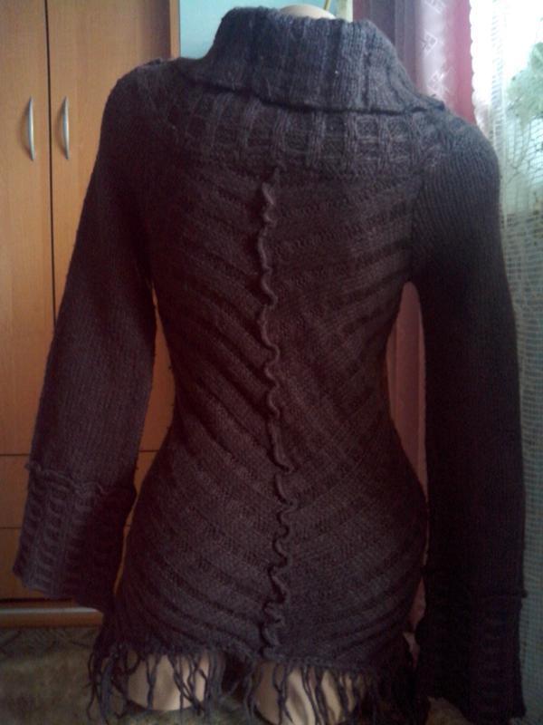 Теплющий шерстяной свитер - Фото 4