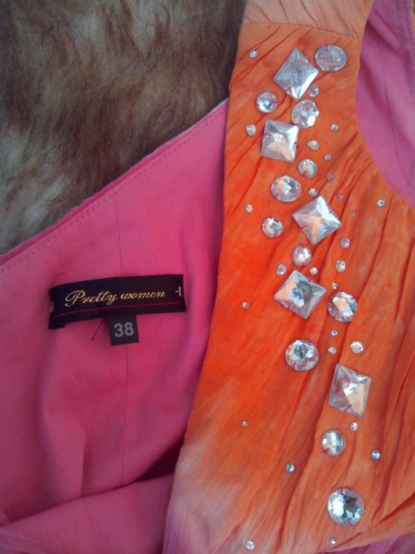 Шикарное брендовое платье с камнями - Фото 4