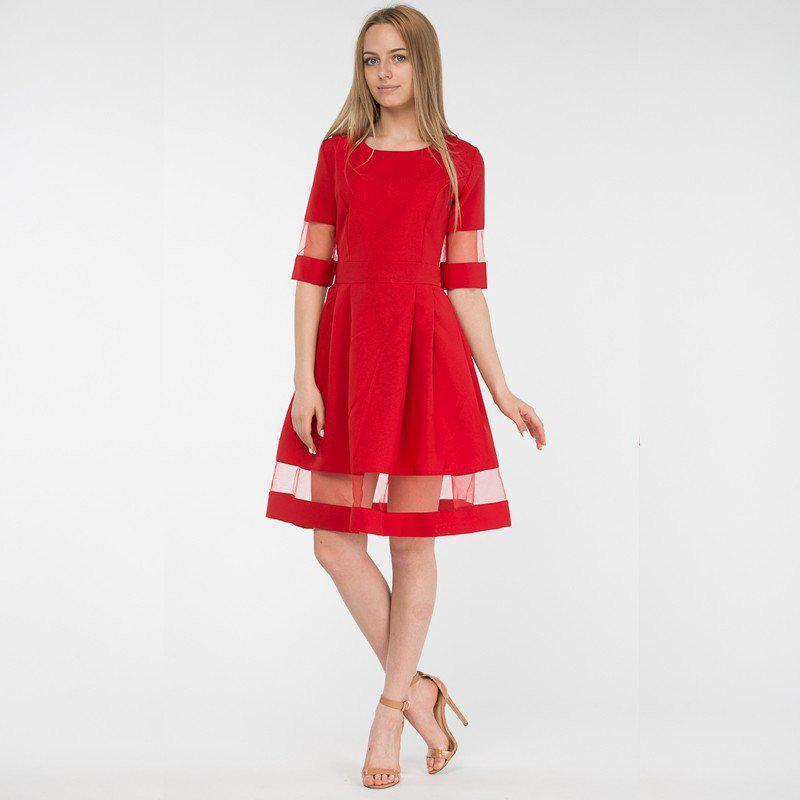 Изысканное красное платье со вставками фатина