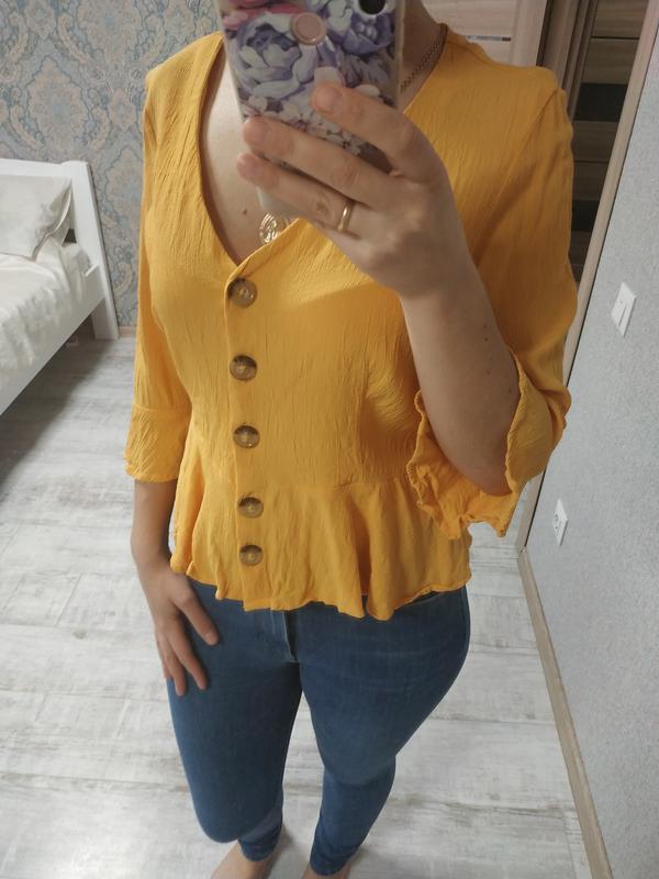 Красивая блуза с актуальными рукавами сочного желтого цвета - Фото 3