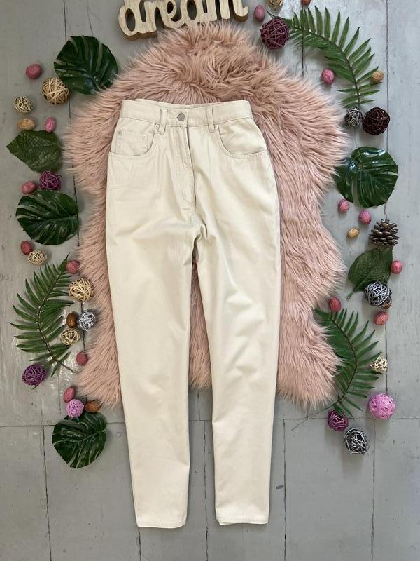 Актуальные винтажные прямые джинсы на высокой посадке №134