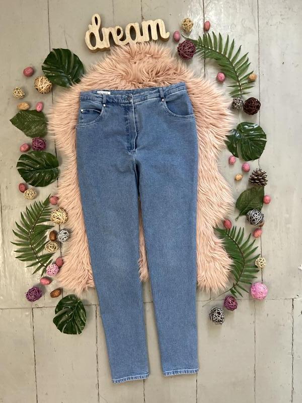 Актуальные винтажные прямые джинсы высокая посадка №135