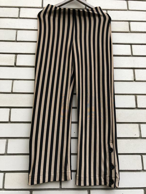 Полосатые широкие брюки кюлоты zara - Фото 3