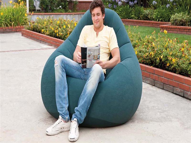 Надувное флокированное кресло Intex, зеленое