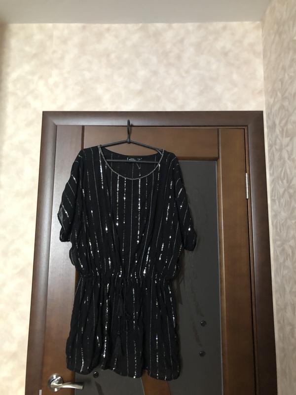 Красивая шифоновая блуза-туника с паетками большого размера на...