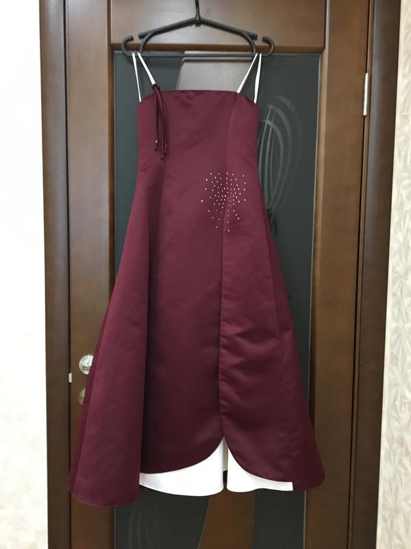 Дизайнерское вечернее платье новое потрясающе красивое на наш ...