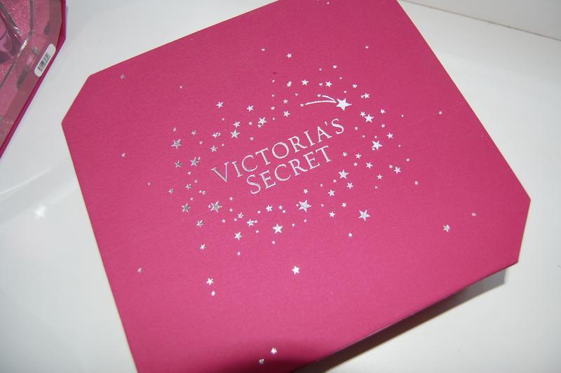 Victorias secret духи bombshell в подарочной коробке набор кос... - Фото 2