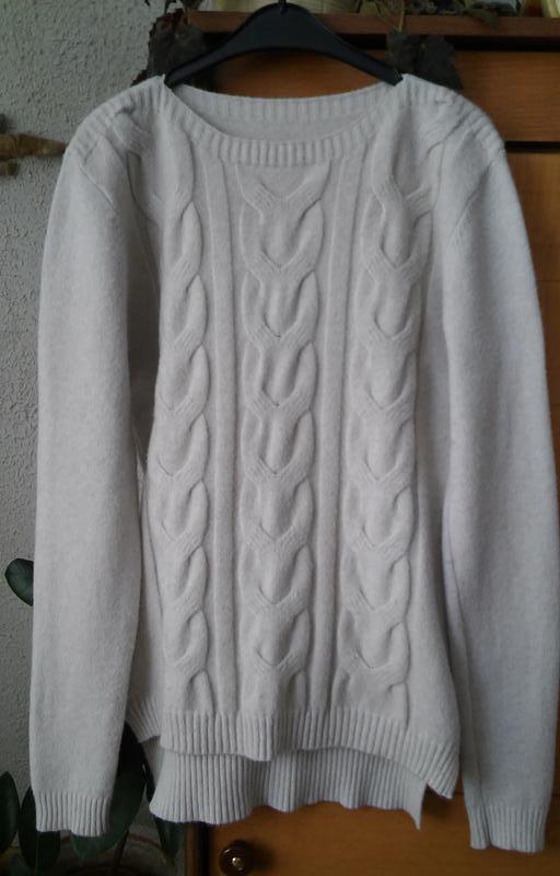 Мягкий бежевый свитер с косами на высокую девушку - Фото 3