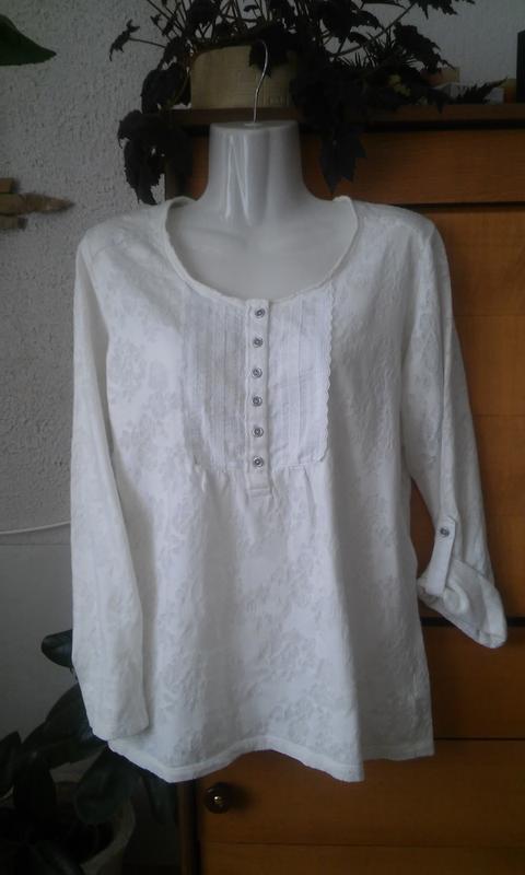 Трикотажная блуза-футболка молочного цвета из коллекции indigo