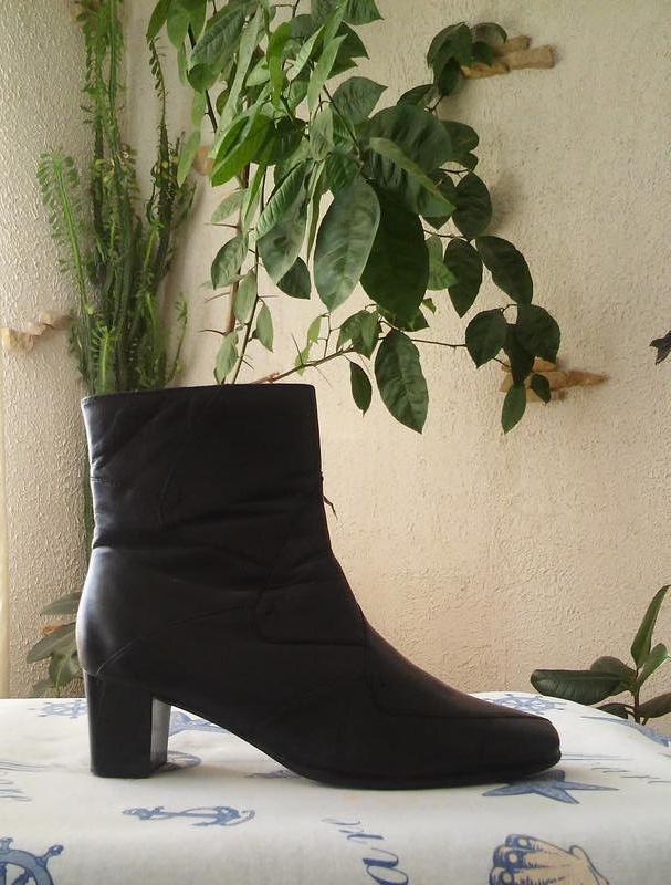 Кожаные ботинки-полусапожки