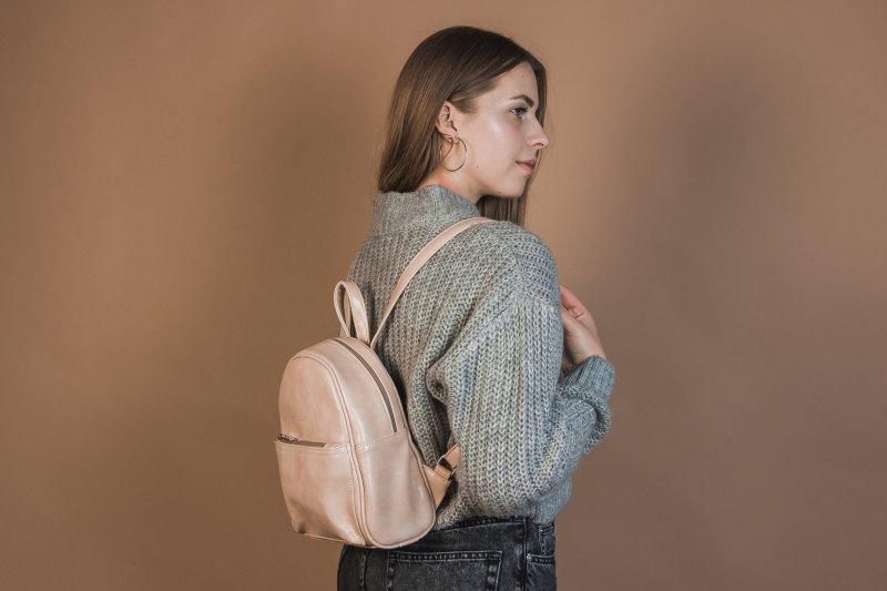 Маленький женский рюкзак из эко-кожи, мини рюкзак пудра - Фото 2