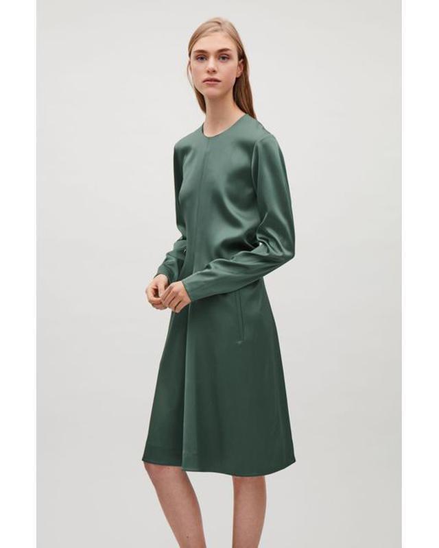Cos юбка средней длины ,трапеция, а-образный силуэт