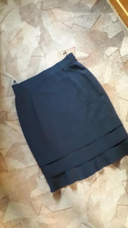Шикарная фирменная шерстяная юбка от люкс бренда escada