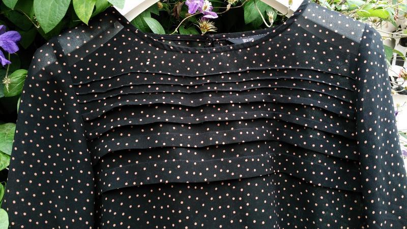 Блуза в мелкий горох от f&f - Фото 2