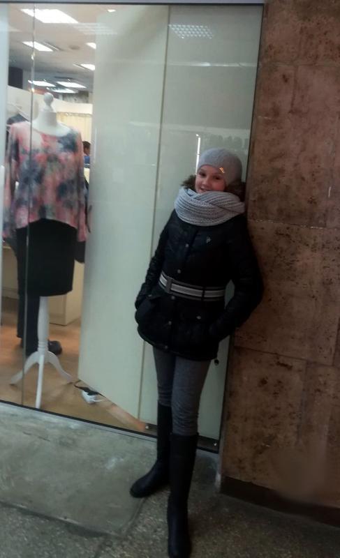 Фирменная курточка only демисезон на девочку 146-152-158