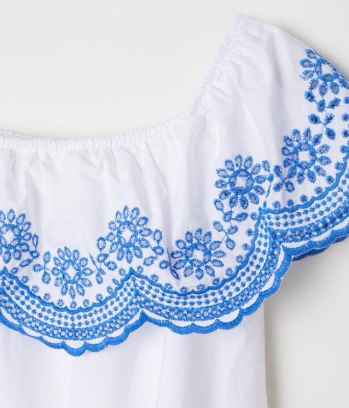 H&m белое натуральное платье свободного кроя с вышивкой на пле... - Фото 3