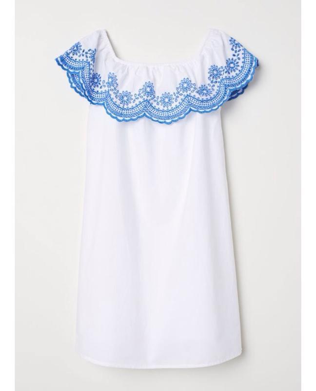 H&m белое натуральное платье свободного кроя с вышивкой на пле... - Фото 4