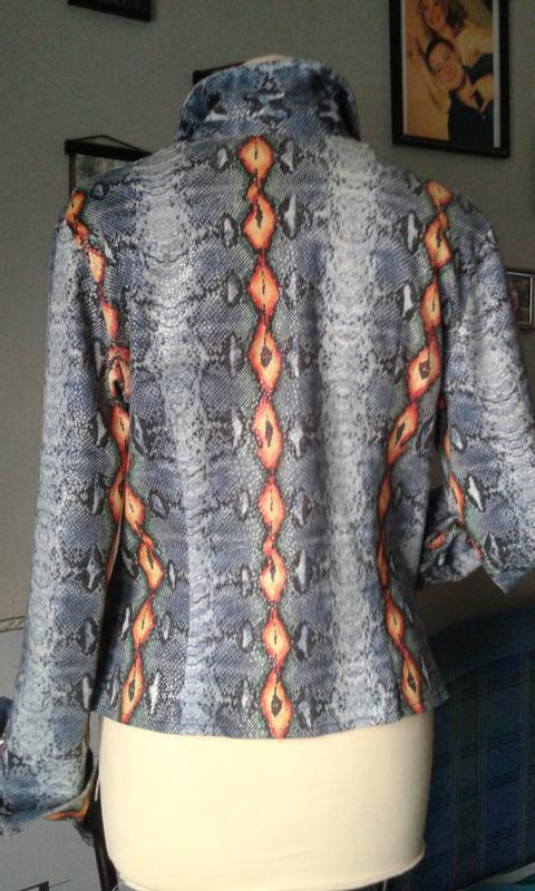 Куртка-жакет стреч джинс-деним р 48 стильно модно ярко. - Фото 2