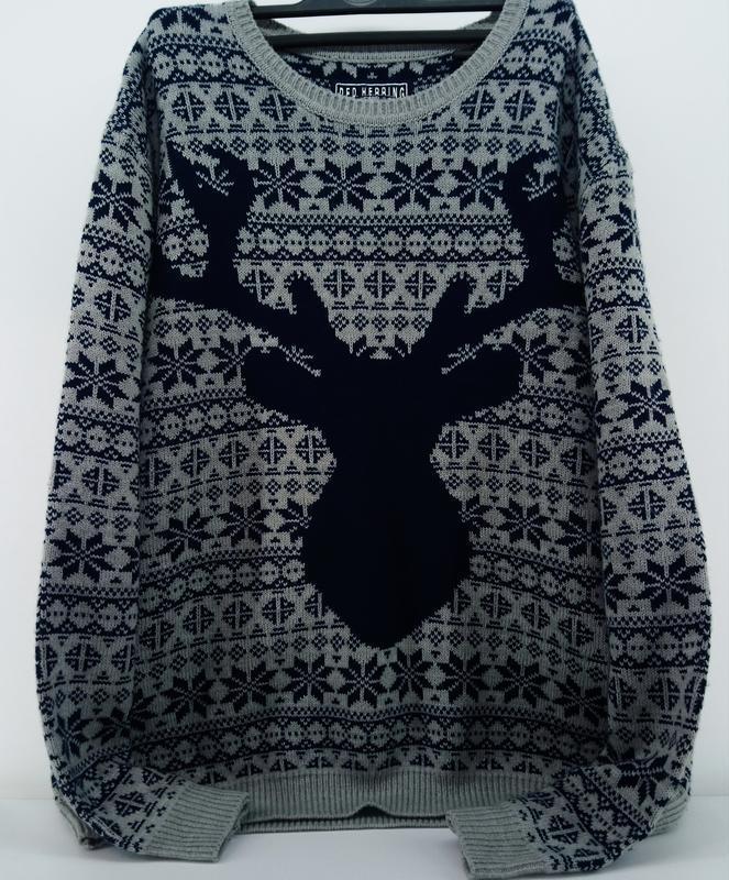 Новогодний свитер на пышные формы !