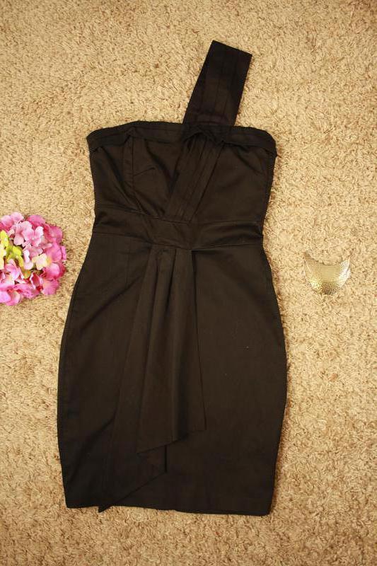 Коктейльное платье интересного фасона - Фото 4
